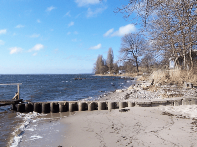 Lambjerglund strand