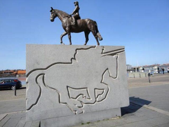 Rytter statuen
